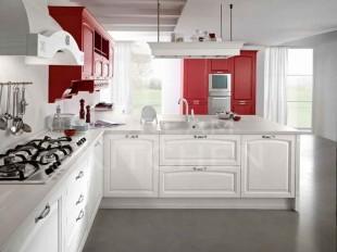 ημιμασιφ κουζινα λευκο ντεκαπε και ρουμπινι