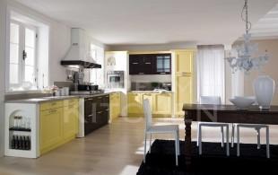 κιτρινη με καφε κουζινα κλασσικη vintage