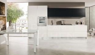 Λευκο με μαυρο κουζινα