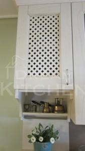 καφασωτό κρεμαστό ντουλάπι