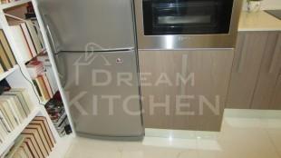 ντουλάπι σε κολόνα φούρνου