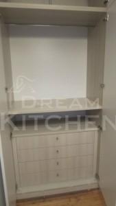 συρταριέρα με 4 συρτάρια ντουλάπας