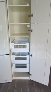 Πλήρης επίπλωση κατοικίας κουζινα μασιφ 30