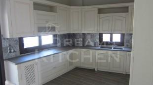 Πλήρης επίπλωση κατοικίας κουζινα μασιφ 64