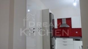 Επιπλα Κουζινας Λευκη Λακα 22mm 2