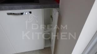 Επιπλα Κουζινας Λευκη Λακα 22mm 28