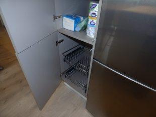 Επιπλα Κουζινας Υλικο PET MAXIMATT με GOLA τροφοθηκη
