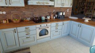 Ανακαινηση Επιπλων Κουζινας σε Κλασικο υφος