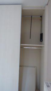 Μηχανισμός σε ντουλάπα