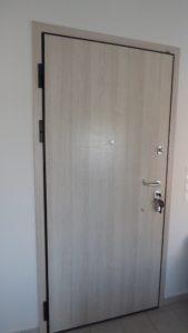 Πόρτα Laminate 3